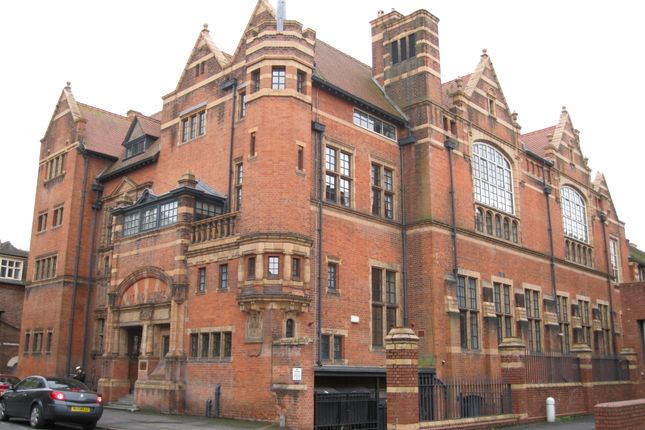 Thumbnail Duplex for sale in Victoria Institute, Worcester