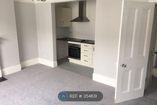 Thumbnail Flat to rent in Cornwall Road, Bexhill