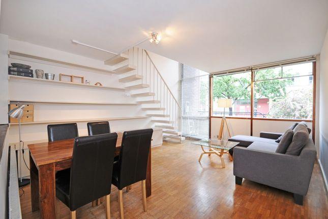 2 bed flat to rent in Golden Lane Estate, London EC1Y
