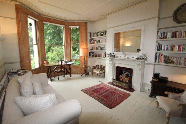Thumbnail Flat to rent in Cambridge Gardens, London