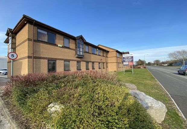 Thumbnail Office to let in Parkway Business Centre, Parkway, Deeside Industrial Park, Deeside