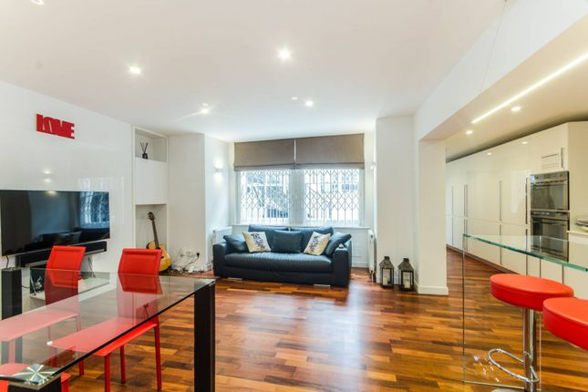 2 bed maisonette for sale in Redcliffe Gardens, Chelsea