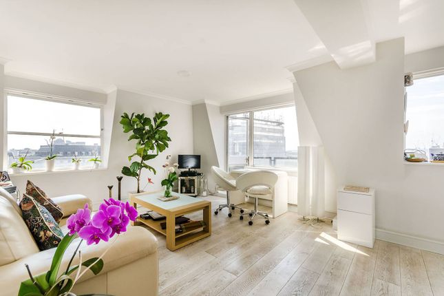 Thumbnail Flat for sale in Newton Street, Covent Garden