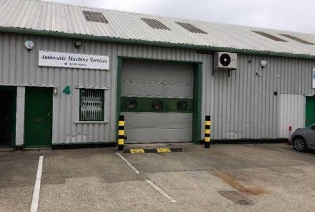 Thumbnail Warehouse to let in Horton's Way, Westerham