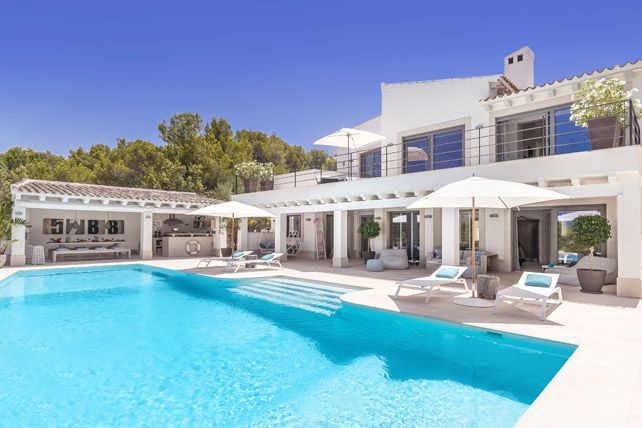Thumbnail Villa for sale in Santa Ponsa, Calvià, Majorca, Balearic Islands, Spain