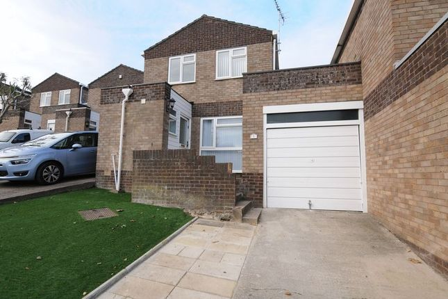 Thumbnail Link-detached house to rent in Yeomanside Close, Whitchurch, Bristol