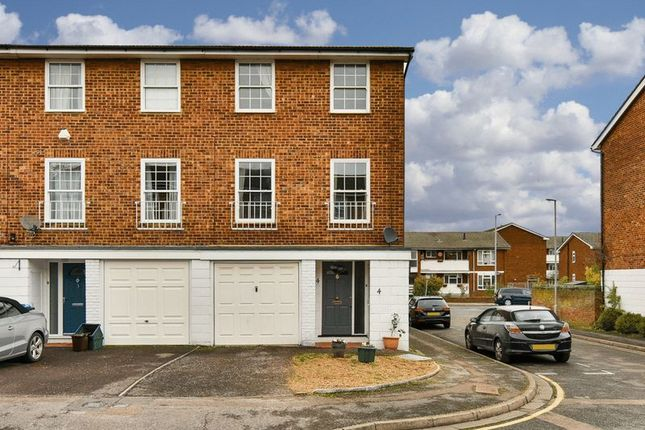 Thumbnail Terraced house to rent in Belgravia Mews, Palace Road, Kingston Upon Thames