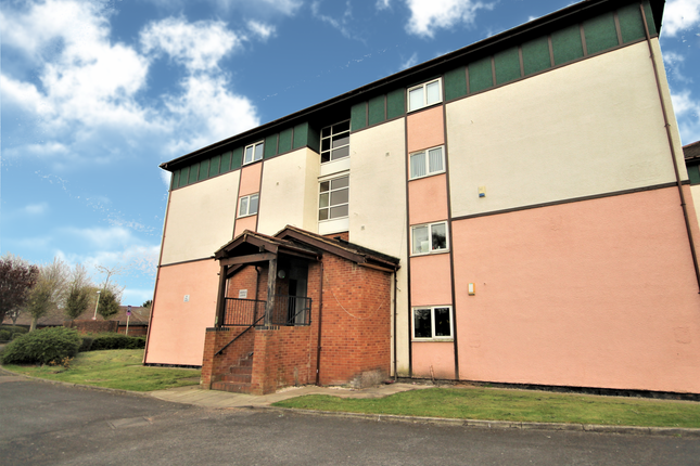 Thumbnail Flat for sale in Saddle Lodge, Fir Trees Place, Preston