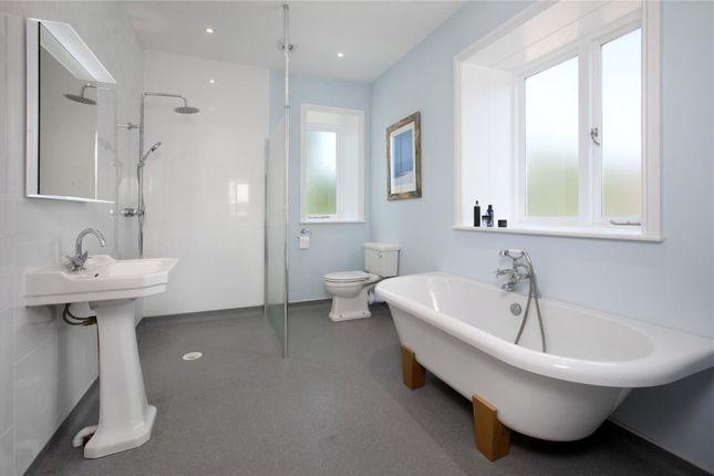 En-Suite Bed 2 of Petitor Road, St Marychurch, Torquay, Devon TQ1