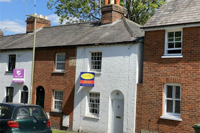 Thumbnail Cottage for sale in Greys Road, Henley-On-Thames
