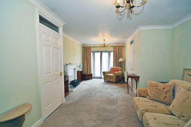 1 bed property for sale in Batchwood View, St. Albans