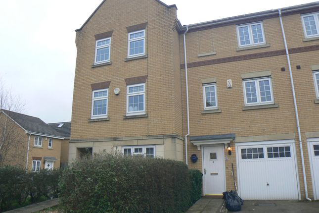 Thumbnail Town house to rent in Barkway Drive, Orpington