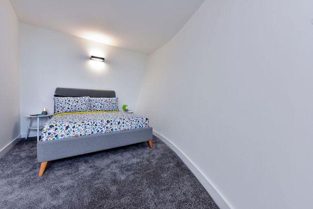 Bedroom One of Lilycroft Road, Bradford BD9