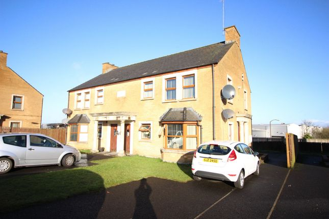 Thumbnail Flat for sale in Aylesbury Court, Newtownabbey
