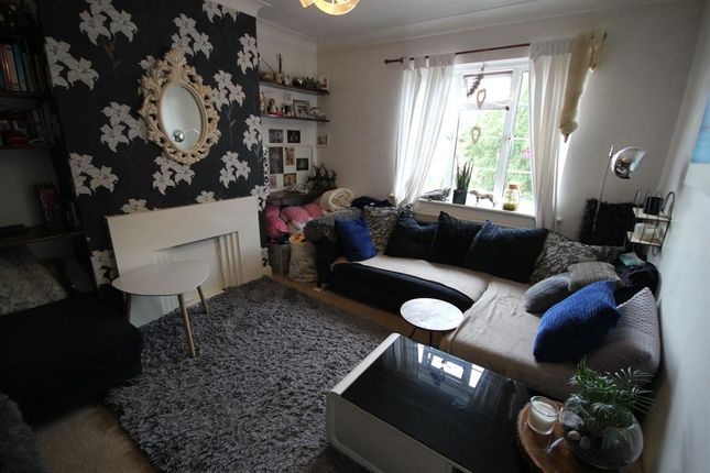 Thumbnail Flat to rent in Nugents Court, St. Thomas Drive, Pinner