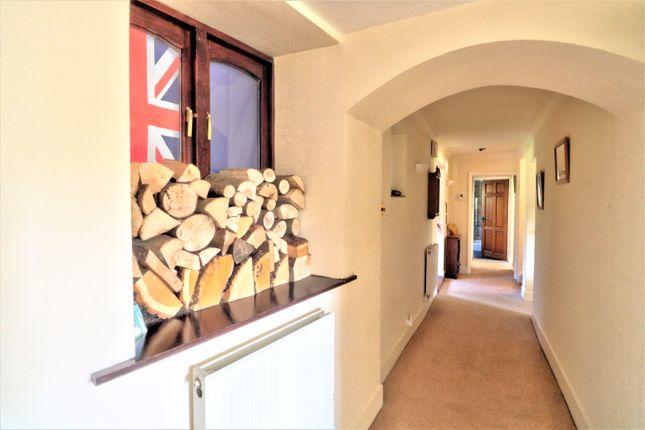 Hallway of Archers Way, Great Ponton, Nr. Grantham NG33