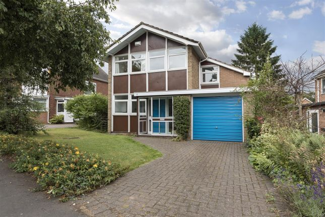 Thumbnail Detached house for sale in Spinney Hill, Warwick