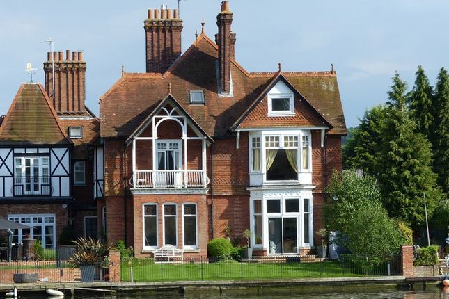 Thumbnail Property for sale in Marlow Bridge Lane, Marlow