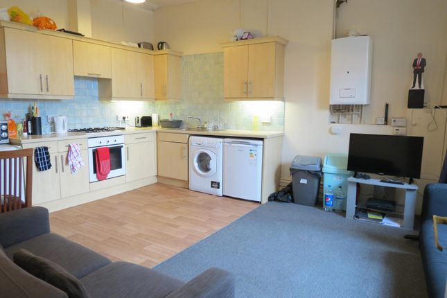 Flat to rent in Wimborne Road, Bournemouth