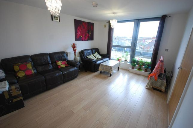 Thumbnail Flat to rent in Ealing Road, Wembley, Middlesex