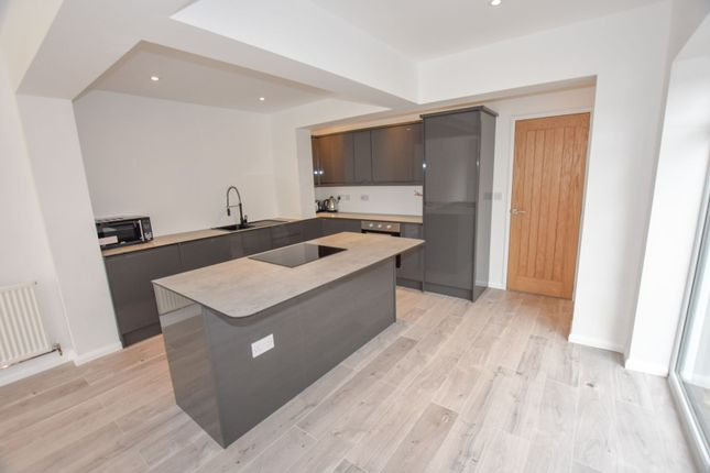 Kitchen of Becketts Lane, Great Boughton, Chester CH3