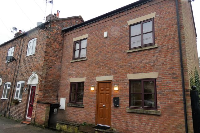 Thumbnail Town house to rent in Red Lion Lane, Nantwich