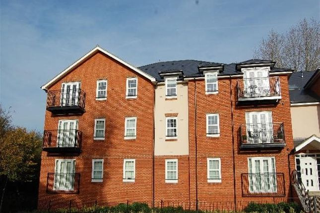 Thumbnail Property to rent in Stephens Court, Station Road, Harpenden