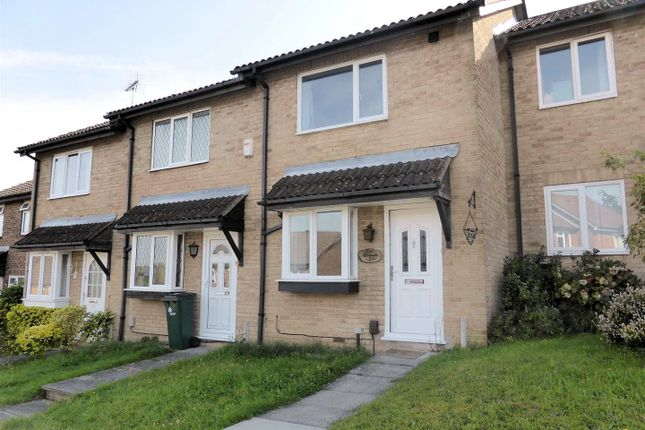 Thumbnail Terraced house for sale in Hollingbourne Crescent, Crawley