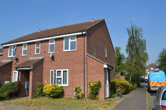 Thumbnail Maisonette for sale in Maypole Green Road, Colchester