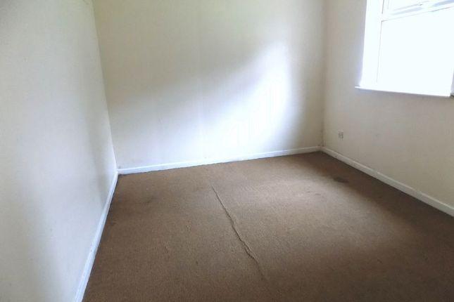 Bedroom One of Avenham Way, Bradford BD3