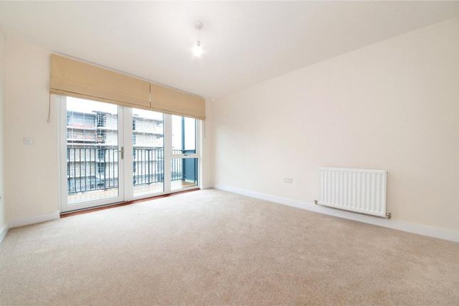 2 bed flat to rent in Denver Court, Colindale