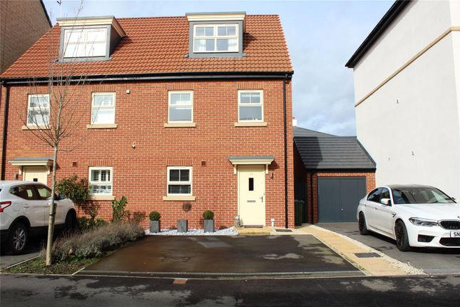 Picture No. 13 of Seals Drive, Ackworth, Pontefract, West Yorkshire WF7