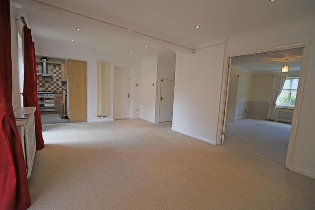 Dining Area of Adbert Drive, East Farleigh, Maidstone, Kent ME15