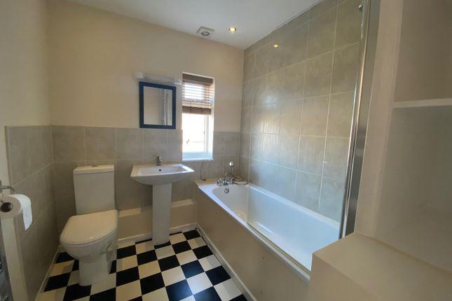 Bathroom of Mardale Avenue, Hartlepool TS25