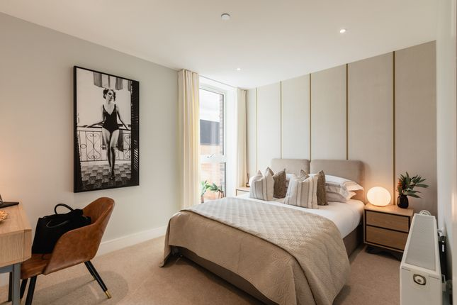 1 bed flat for sale in Plough Lane SW17