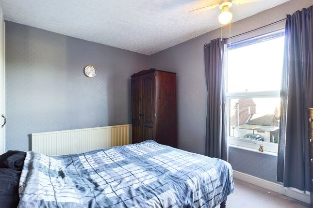Bedroom One of West Acridge, Barton-Upon-Humber, North Lincolnshire DN18