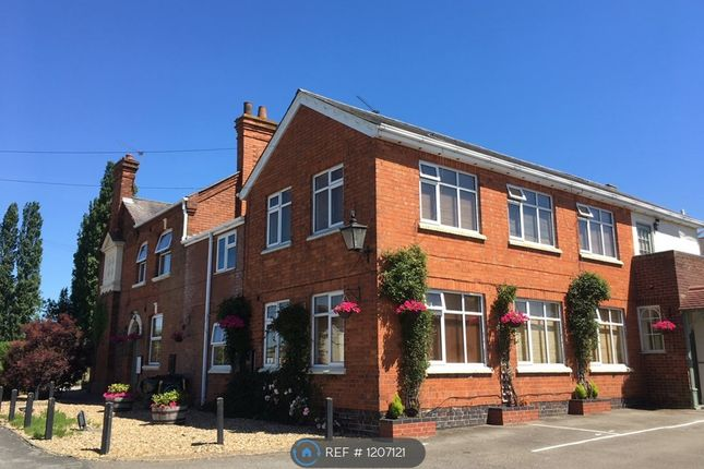 Thumbnail Flat to rent in Main Street, Rugby