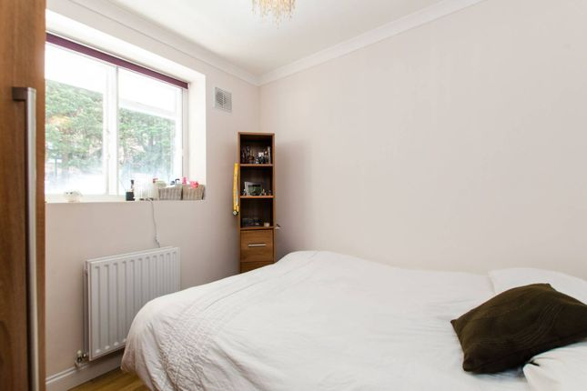 Thumbnail Flat to rent in York Road, Battersea