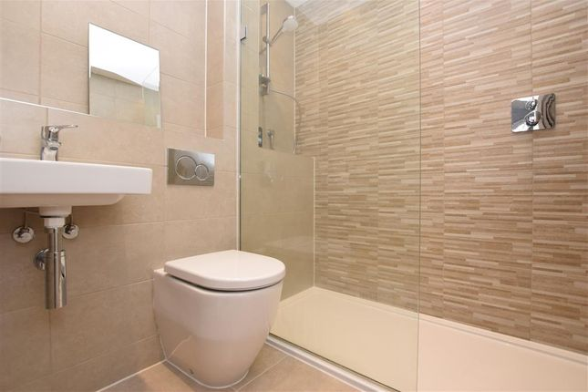 Ensuite Shower of Lincoln Way, Crowborough, East Sussex TN6