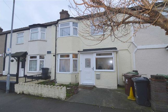 Thumbnail Terraced house for sale in Heath Road, Romford, Essex