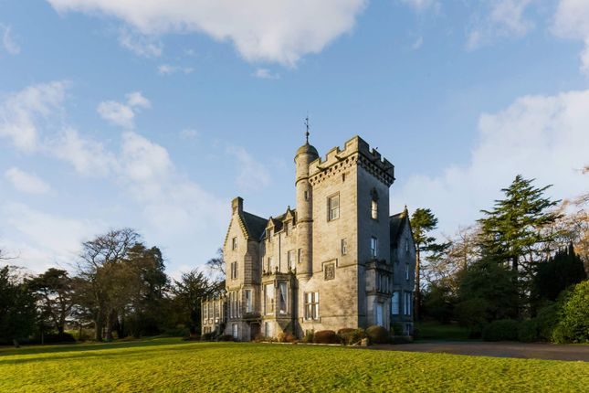 Thumbnail Flat for sale in 3 Inzievar House, Dunfermline