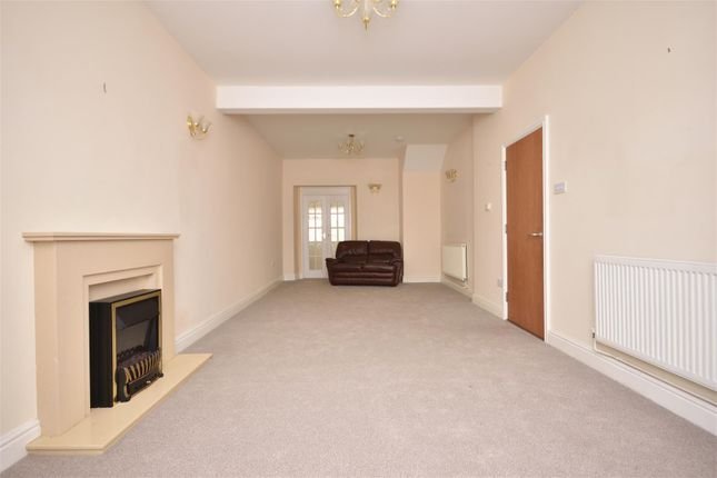 Living Room of St. Helens Avenue, Swansea SA1