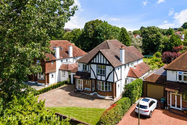 5 bed property to rent in Higher Green, Epsom KT17