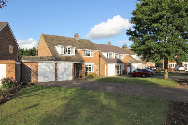 4 bed detached house for sale in Greenacres, Hemel Hempstead