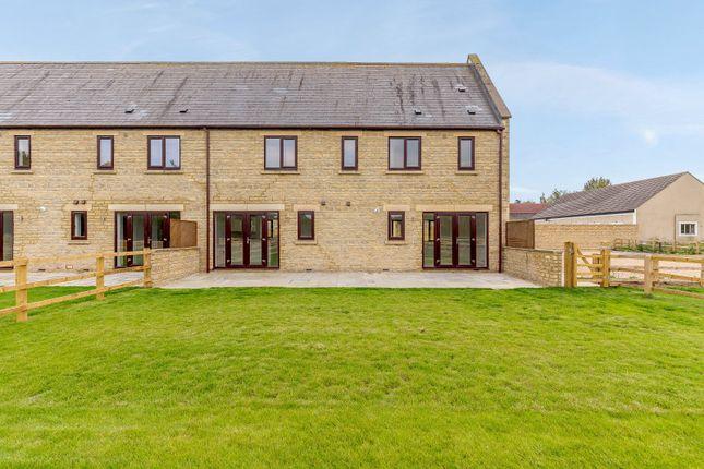 Thumbnail End terrace house for sale in Meadow Walk, Heathfield Village, Oxfordshire