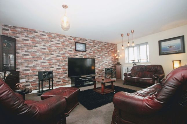 Thumbnail Flat to rent in Gauntlet Road, Coopers Edge, Gloucester