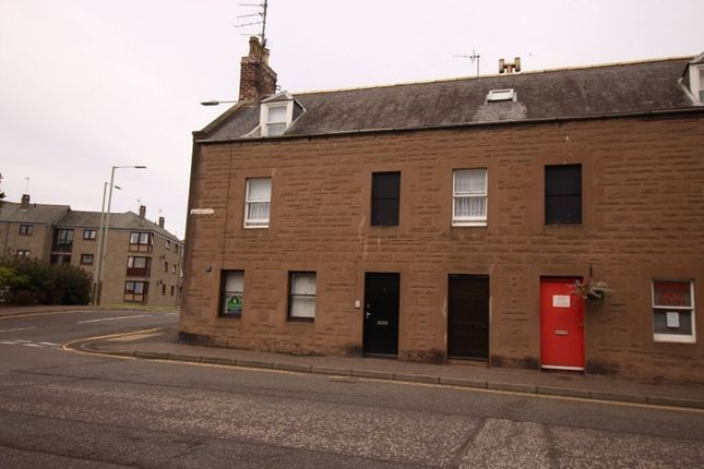 Thumbnail Flat to rent in Murray Street, Montrose
