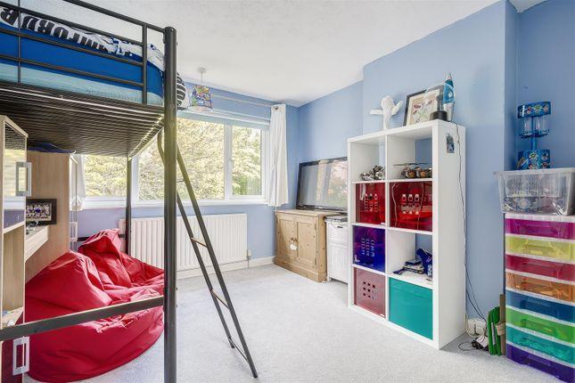 House-Rectory-Lane-Woodmansterne-Banstead-113