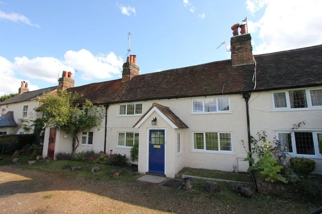 Thumbnail Cottage to rent in Gold Hill East, Chalfont St. Peter, Gerrards Cross