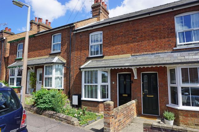 Thumbnail Terraced house for sale in Orchard Road, Hitchin